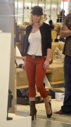 Jamie Pressly Shopping at Barneys New York in Beverly Hills September 11th HQ x 9