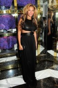 Beyonce Knowles attends the Tory Burch Madison Avenue Flagship Opening, 13 September, x2