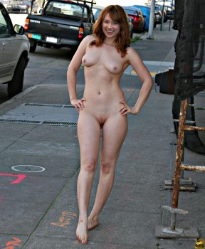 Similar ellie kemper naked fakes