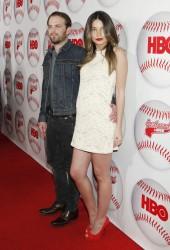 Лили Олдридж, фото 356. Lily Aldridge - HBO's 'Eastbound & Down' Season 3 Premiere in LA (Feb. 9), foto 356