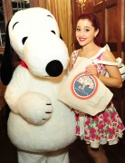 Ариана Гранде, фото 424. Ariana Grande Valentine Twitter party in Los Angeles - February 8, 2012, foto 424
