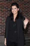 Нелли Фартадо, фото 1438. Nelly Furtado Outside David Letterman Studio - February 23, 2012, foto 1438