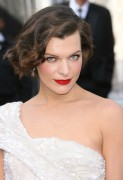 Милла Йовович, фото 1988. Milla Jovovich 84th Annual Academy Awards - February 26, 2012, foto 1988