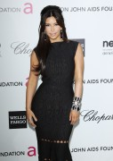 Ким Кардашиан, фото 7960. Kim Kardashian Elton John AIDS Foundation Academy Awards Party - 02/26/12*with sister Kourtney, foto 7960,