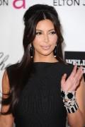 Ким Кардашиан, фото 7941. Kim Kardashian Elton John AIDS Foundation Academy Awards Party - 02/26/12*with sister Kourtney, foto 7941,