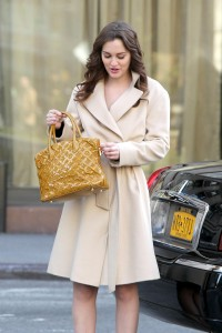 Лейгтон Мистер, фото 6867. Leighton Meester On the Set of 'Gossip Girl' in Manhattan - 05.03.2012, foto 6867