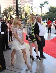 Кристен Белл, фото 8414. Kristen Bell Topshop Topman Store Opening in Las Vegas, 08.03.2012, foto 8414